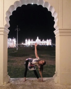 sonali loomba registered yoga teacher full circle yoga and therapy