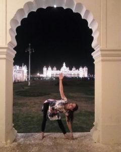 sonali loomba registered yoga teacher full circle yoga and therapy